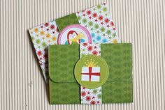 Do it yourself gift card holder. Too cute!