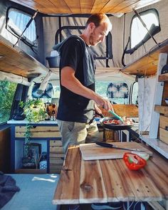 Multianker 2 0 Securely fasten awning poles to the camper Easy and quick installation of the Multianker 2 0 on the vehicle wall without tools Travel Camper, Vw Camper, Camper Interior, Diy Interior, Van Life Blog, Rv Life, Tiny House Talk, Van Dwelling, Kombi Home