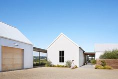 landscape architecture - Exterior of modern design farmhouse by Trinette Reed for Stocksy United Architecture Design, Farmhouse Architecture, Modern Farmhouse Exterior, Farmhouse Design, Residential Architecture, Farmhouse Ideas, White Farmhouse, Modern Barn House, Modern House Design