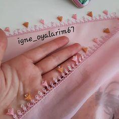 Crochet Borders, Scarf Styles, Elsa, Tassels, Wedding Rings, Organization, Sewing, Jewelry, Instagram