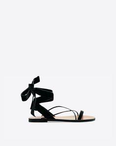 Valentino Garavani Velvet Sandal
