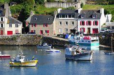 De 1.172 kilometer lange kust van Bretagne bestrijkt een derde van de totale lengte van de Franse kust. Naast de opmerkelijke kustlandschappen zijn ook de steden en dorpjes het bezoeken waard. Dat geldt zeker voor deze vijf.