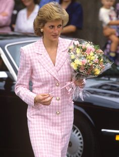 Princess Diana was a style icon, and it appears that her grandchildren will follow in her footsteps   For all the Photos and More : http://www.viral-news.net/letters-from-peoples-princess-to-go-under-the-hammer-with-top-end-reserve-of-e1200/#.V41DHesrLIU