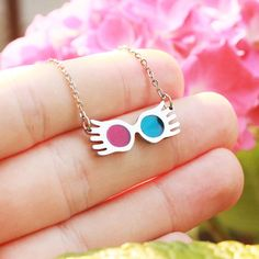 """Spectrespecs, thestrals, """"radish"""" earrings, and all things Luna Lovegood. Harry Potter Schmuck, Bijoux Harry Potter, Objet Harry Potter, Harry Potter Accessories, Harry Potter Room, Harry Potter Fandom, Harry Potter World, Geek Jewelry, Cute Jewelry"""