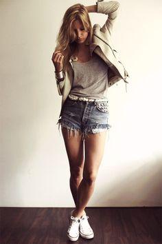 denim shorts. grey t-shirt. cream blazer. silver bangles. perfect.