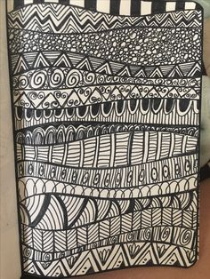 Flower Art Drawing, Doodle Art Drawing, Zentangle Drawings, Mandala Drawing, Zen Doodle, Pencil Art Drawings, Zentangles, Doodle Art Designs, Doodle Patterns