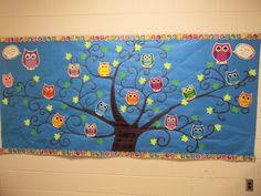 "Welcome back bulletin board. Owl theme. Look ""WHOOO'S"" in Mrs. Grayson's class this year!"