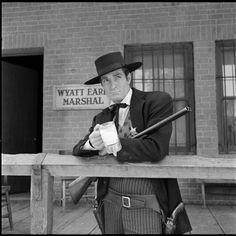 legend of wyatt earp   ... Classics - Classic TV Shows - The Life and Legend of Wyatt Earp (1955