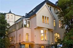 Berlin reigns supreme as an investment opportunity in real estate. Prices of property are rising but are still low in comparison to prices prevailing in Frankfurt or Hanover. Most people here prefer to live in rented apartments. #Berlinproperty #Germany #Investmentservices