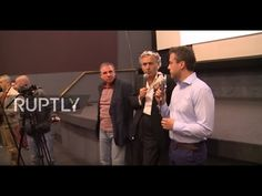 Serbia: Communist pies French philosopher Bernard-Henri Levy in the face - YouTube