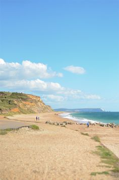 Take a walk or go birdwatching at Hengistbury Head, Christchurch, Dorset, England. Great Places, Places To Visit, Bournemouth Beach, Dorset Coast, Dorset England, Jurassic Coast, New Forest, Isle Of Wight, Beautiful Beaches