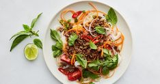 This Thai beef mince noodle salad ticks all the boxes: it's quick, it's easy, it's healthy, it's affordable and of course, it's delicious.