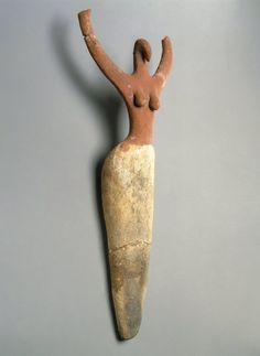 Female Figurine: one of the oldest statuettes ever excavated in Egypt. 3650-3300 BCE. Predynastic period, likely depicting a priestess or goddess.