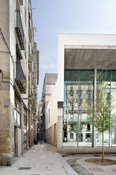 Annex Building to the Picasso Museum of Barcelona