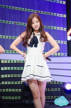 APink NaEun Kpop Girl Groups, Kpop Girls, Asian Celebrities, Celebs, Asian Woman, Asian Girl, Pop Fashion, Girl Fashion, Apink Naeun