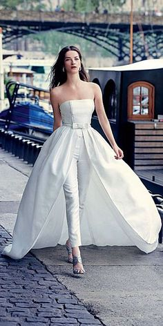 wedding pantsuit via rosa clara / http://www.deerpearlflowers.com/wedding-pantsuits-and-jumpsuits-for-brides/
