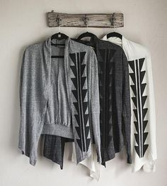 LOVE the light heather grey and black print combo // spotted @ in humboldt Arrowhead Cardigan — nothing-obvious Diy Clothes, Clothes For Women, Black Leather Heels, Cardigans For Women, Fashion Outfits, Womens Fashion, Dress To Impress, Winter Outfits, What To Wear