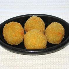 Pampushki - Russian/Ukrainian Potato Balls Stuffed with Cheese - © 2008 Barbara Rolek licensed to About.com, Inc.