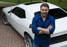 Look how awesome that car look And Chris Young's hot to 😍😍