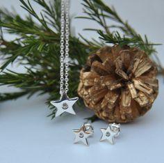 Collar y pendientes estrella. Elaborados a mano, en plata de ley. Regalos de navidad. Más info: sebestyenjoyas@gmail.com