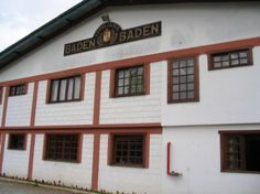 Nos idos de 2005, este escriba esteve em visita à Cervejaria Baden Baden, em Campos do Jordão (SP),muito antes da cervejaria ser adquirida, dois anos