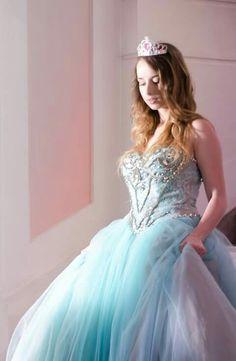 Sylwia Lipka 🌊 Prom Dresses, Formal Dresses, My Sunshine, Idol, Queen, Stars, Wattpad, Polish, Youtube