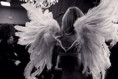 DIY Victoria's Secret Angel Wings!Make your OWN ANGEL WINGS! You want to have a pretty wings like the wings of the Victoria's Secret models? See this video and get inspired <3 HAPPY NIGHT EVERYONE