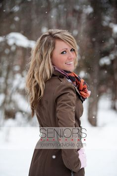 Winter Senior Picture Ideas for Girls Winter Senior Pictures, Senior Pictures Boys, Winter Pictures, Girl Pictures, Graduation Pictures, Photography Senior Pictures, Snow Photography, Senior Photos, Senior Portraits