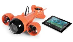 The Submarine Camcorder. This is the remote operated submarine that sends live video to an iPad from underwater. Ideal for viewing marine life or inspecting a boat below the waterline, the sub is tethered to its receiver on deck with a video cable. Gadgets And Gizmos, Tech Gadgets, Cool Gadgets, Unique Gadgets, Arduino, Drones, Cool Technology, Technology Gadgets, Tecnologia