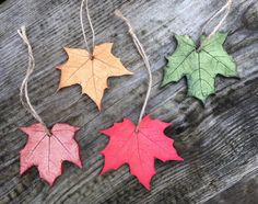 Small maple leaf ornaments for garden lovers
