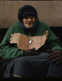 Famed Photographer Gives A Face To New York's Homeless Population In 'Residents Of New York' Figure Poses, Interview, It Cast, Nyc, New York, Portrait, People, How To Wear, Photography