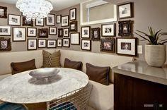 Картинки по запросу как разместить на кухне диванчик и стулья со столом