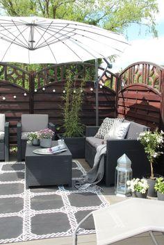 diy lounge ecke aus paletten / diy lounge sofa made of paletts by, Garten und erstellen
