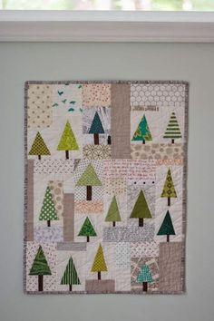 Sing All You Want: Mini Quilt Swap. No tutorial, tree blocks together with rectangle patches.