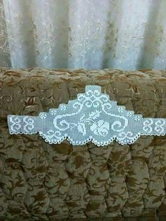 Alıntı Lace Making, Filet Crochet, Crotchet, Bedding Sets, Home Decor, Crochet Shorts, Crochet Lace Edging, Towels, Tela