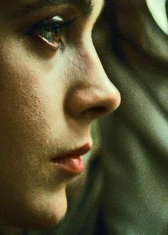 Sean Young as Rachel in Blade Runner Sean Young Blade Runner, Rachel Blade Runner, Film Blade Runner, Blade Runner 2049, Science Fiction, Photo Star, Ridley Scott, Young Actresses, Cultura Pop