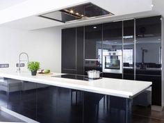 Musterhaus inneneinrichtung küche  Küche in der Stadtvilla Winter von Fertighaus WEISS • Mit ...
