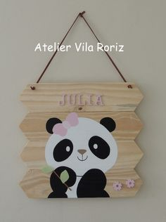 Rope Crafts, Diy Home Crafts, Wooden Crafts, Popsicle Stick Crafts, Craft Stick Crafts, Painted Name Signs, Diy Para A Casa, Baby Girl Clipart, Panda Party