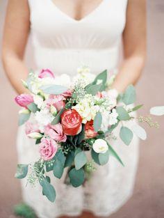 Photography: Sarah Joelle Photography - sarahjoellephotography.com Flowers: Whole Foods Market Basalt CO - wholefoodsmarket.com   Read More on SMP: http://www.stylemepretty.com/2014/03/18/elegant-aspen-wedding-with-boho-flair/