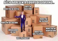 Aécio Neves apresenta equipe de governo