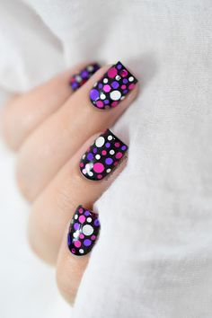 Marine Loves Polish: Nailstorming - Mardi Gras ! - Confetti Nail Art [VIDEO TUTORIAL]