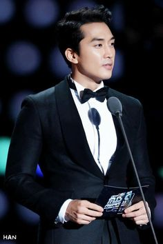 Song Seung Hun hosting MAMA 2014