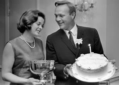On this day, In 1966 Arnold Palmer is presented the Golden Tee Award by the Metro Golf Writers Association