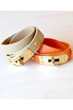 . Hermes Orange, Black Leather Dresses, Fashion Beauty, Woman Fashion, Leather Collar, Orange Leather, How To Feel Beautiful, Latest Fashion Trends, Fashion Jewelry