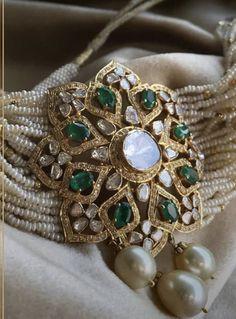 Bridal jewelry polki jewellery designs ideas for 2019 Indian Jewelry Earrings, Indian Wedding Jewelry, Pearl Jewelry, Bridal Jewelry, Beaded Jewelry, Bead Jewellery, Silver Jewelry, Silver Rings, Pearl Earrings