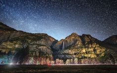 Yosemite Falls on a Starry Night - Explored - pinto pin Yosemite National Park, National Parks, Ade, Yosemite Falls, Native American History, World Heritage Sites, Night Skies, Monument Valley, Mount Rushmore