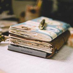 You make me wonder. Follow me on Instagram @janethecrazy #travelersnotebook #scrapbook #travelersfactory #stationeries #journal