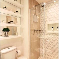 #mulpix Inspiração para banheiros com porcelanato que imita madeira…