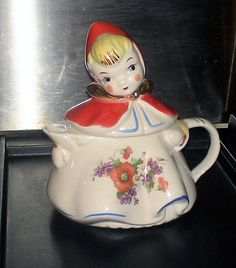 Vintage Hull Little Red Ridinghood teapot from the 1950's