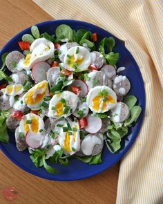 Easter Dishes, Cobb Salad, Sushi, Salads, Food And Drink, Eggs, Breakfast, Ethnic Recipes, Morning Coffee